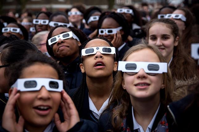 solar-eclipse glasses